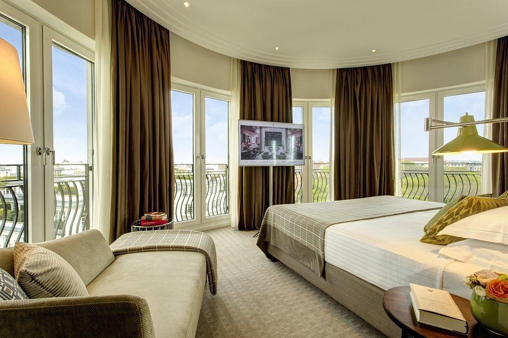 高級ホテルの客室