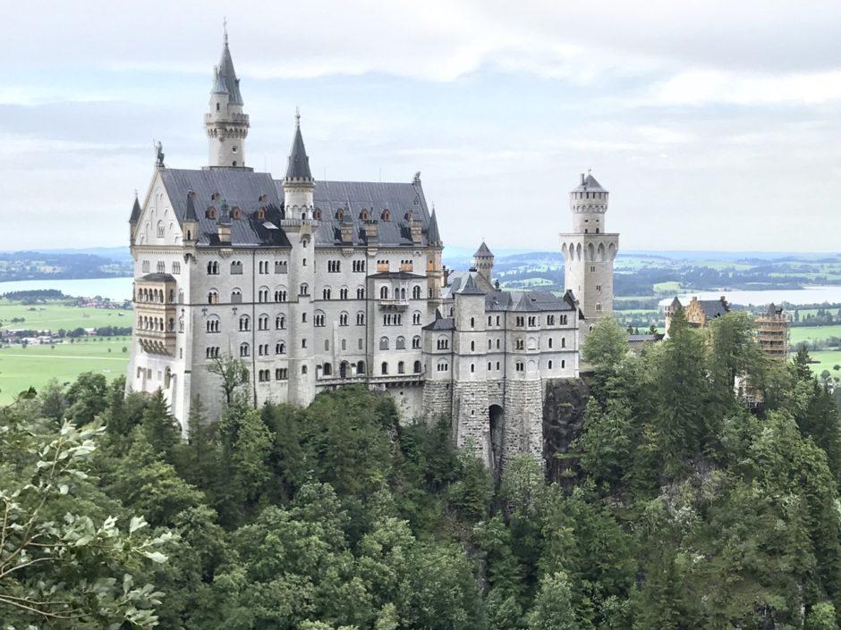 ドイツ旅行の気になる費用、予算は?航空券・宿泊費・食費・観光費用など