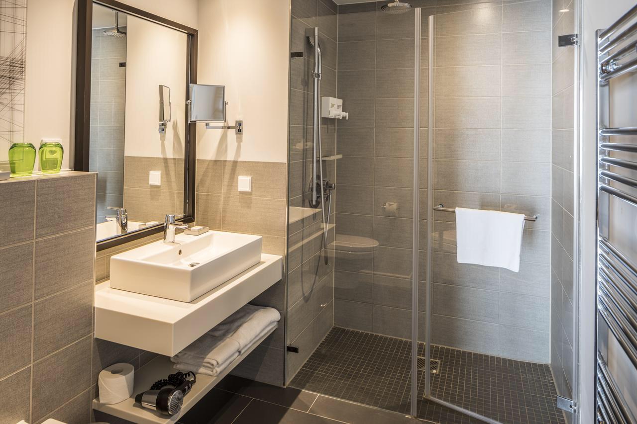 清潔感があるバスルーム