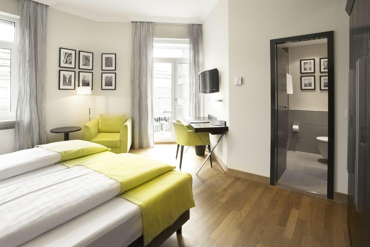 シンプルな客室