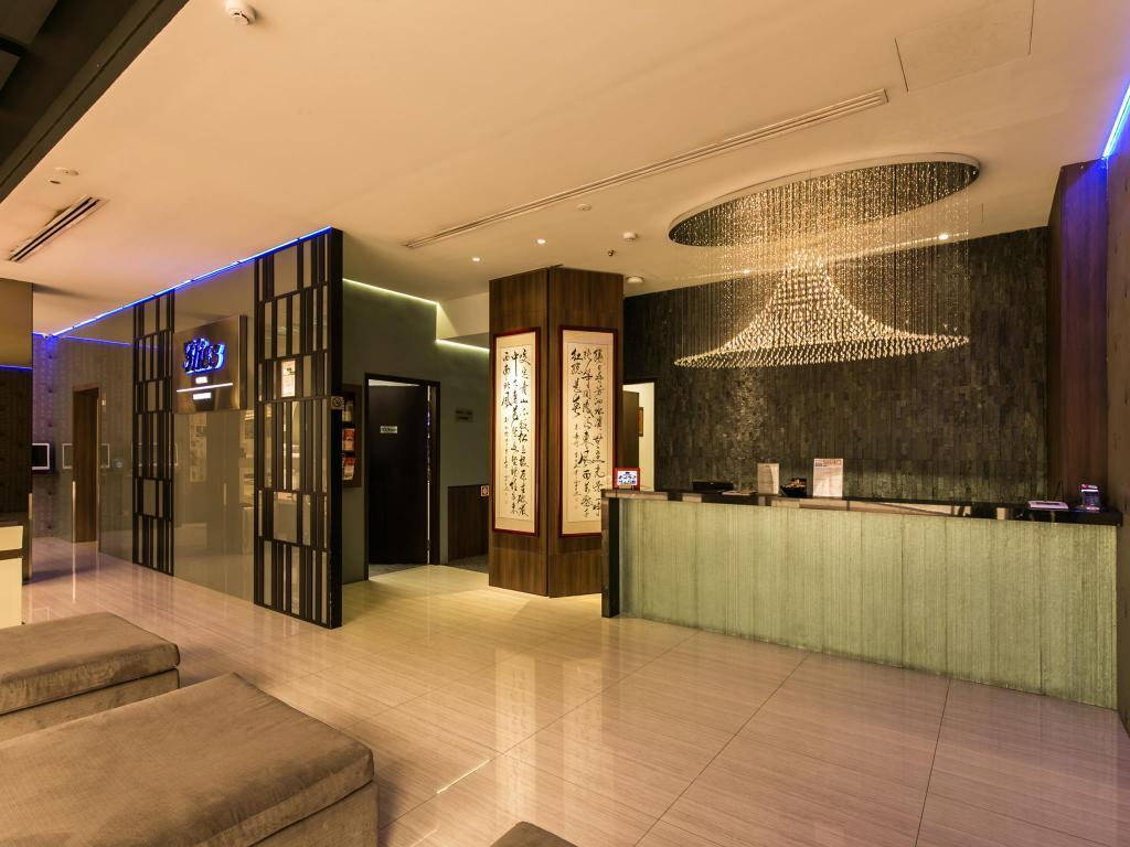 Bliss Hotel Singapore ロビー