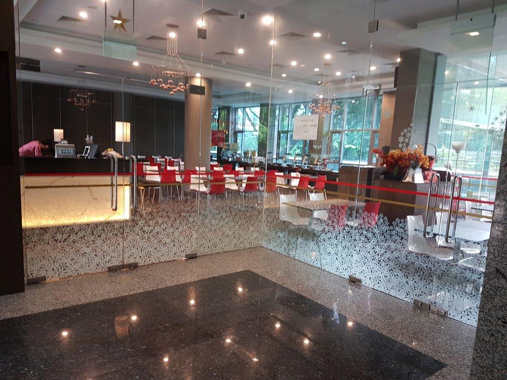 Hotel Chancellor@Orchard レストラン